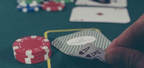 Razz (Seven Card Stud Low) – opi tuntemaan pokeriharvinaisuus